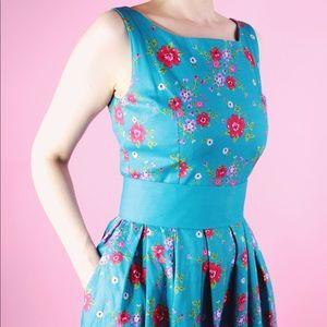 Lindy Bop Dresses - Lindy Bop Vintage Inspired Floral Dress